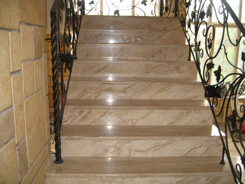 Лестницы и ступени из мрамора - 3