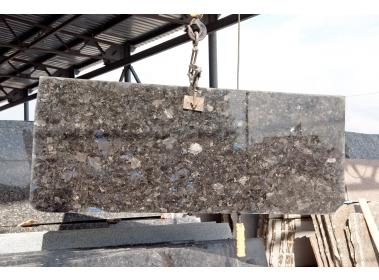 Изделия из камня - Гранитные слэбы